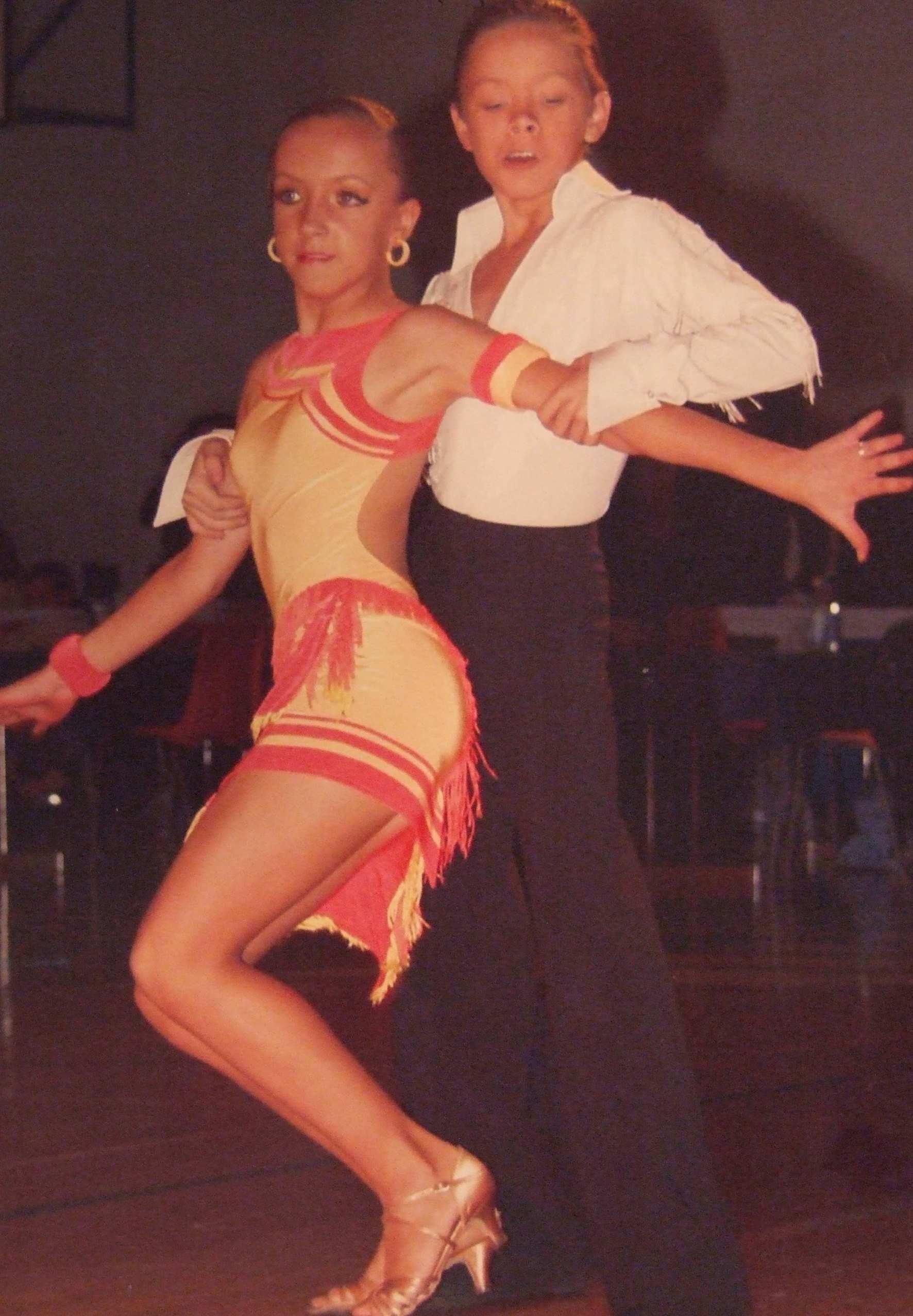 Эротика в спортивных бальных танцах 14 фотография